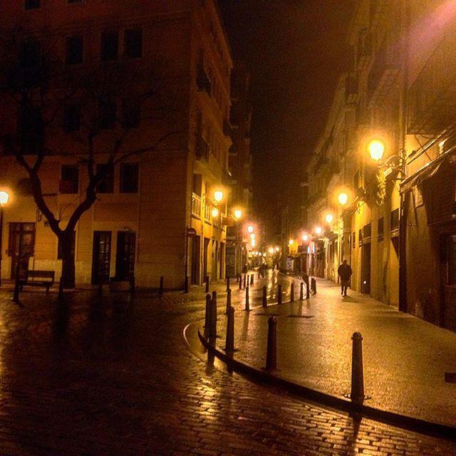 Las mil y una noche en Valencia... #valencia #igersvalencia #spain #valencianight #lovevalencia