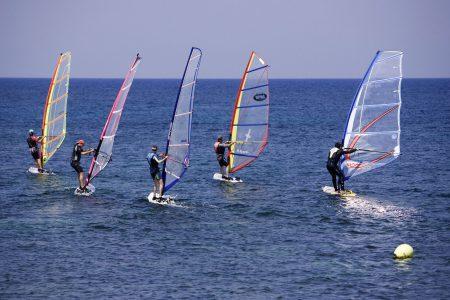Practicar Windsurf en Valencia
