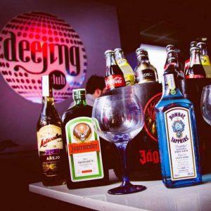 Deejing Valencia, Murray Club