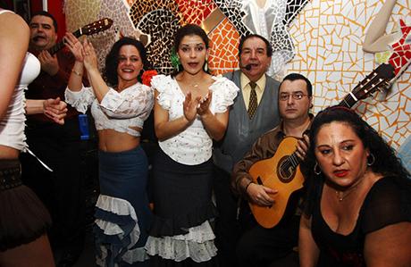 toro_e_la_luna_flamenco_valencia