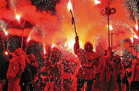Diavoli, Correfoc a Valencia